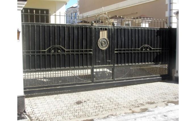 Кованые ворота - Откатные кованые ворота 04