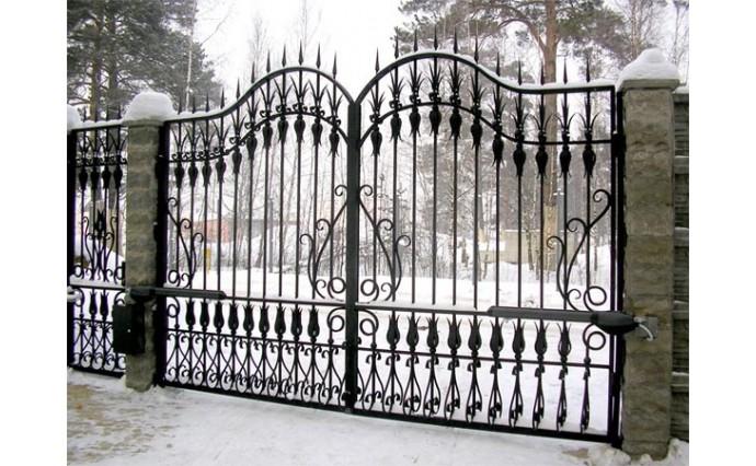 Кованые ворота - Распашные ворота с калиткой 16