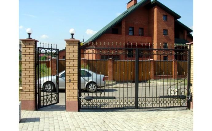 Кованые ворота - Распашные ворота с калиткой 29