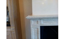 Камины из мрамора - Каминный портал из мрамора Bottichino