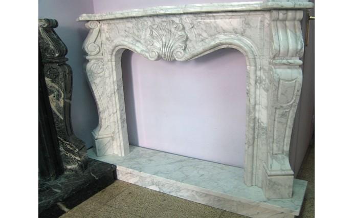 Камины - Резной каминный портал из мрамора Callacatta