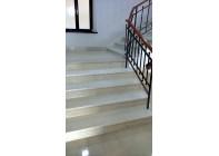 Лестница из мрамора 1