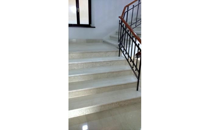 Лестницы из мрамора - Лестница из мрамора 1
