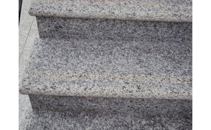 Лестницы  из гранита - Гранитная лестница Возрождение