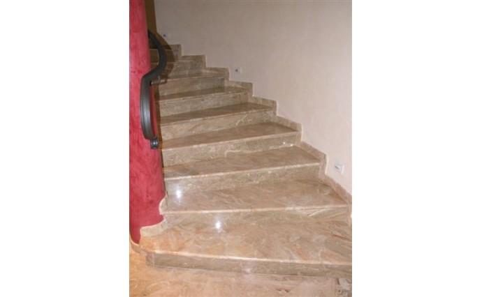 Лестницы из мрамора - Мраморная лестница Сofecon Leche