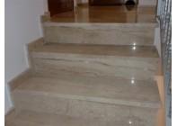 Мраморная лестница Breccia Sardo
