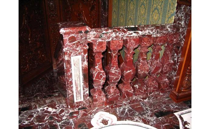 Лестницы из мрамора - Лестница из красного мрамора