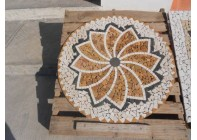 Мозаичная розетка №1