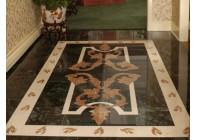 Мозаичный пол в вестибюле