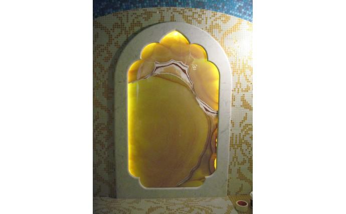 Оформление интерьера - Архитектурное зеркало в Хаммаме с подсветкой оникса