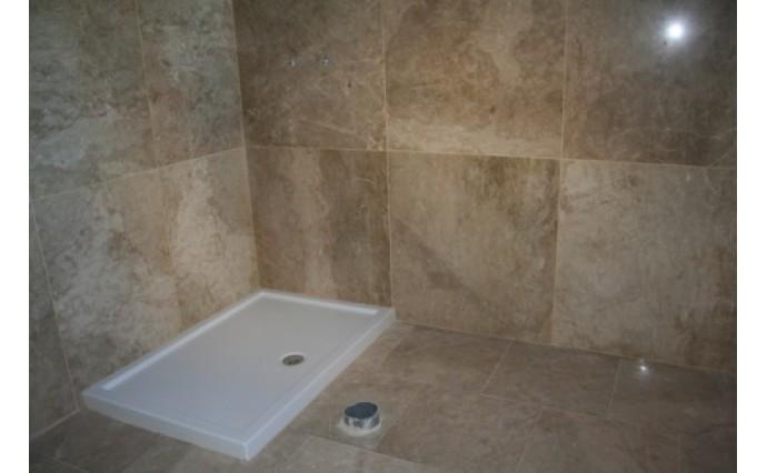 Облицовка мрамором и гранитом - Ванная комната из мрамора Emperador Light