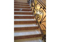 Мраморная лестница из мрамора Rosalia и Rosso Verona