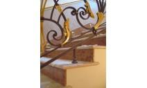 Лестницы - Мраморная лестница из мрамора Rosalia и Rosso Verona