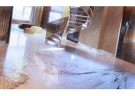 Мраморный пол для жилого дома