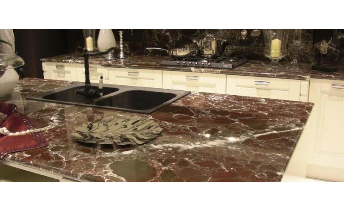 Столешницы из мрамора - Мраморная столешница Rosso Levante