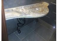 Пристенный столик из оникса на кованном основании